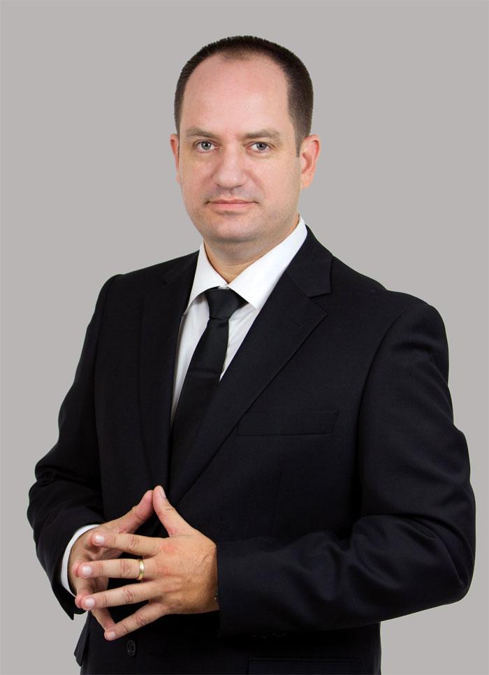עורך דין פלילי - דן באומן